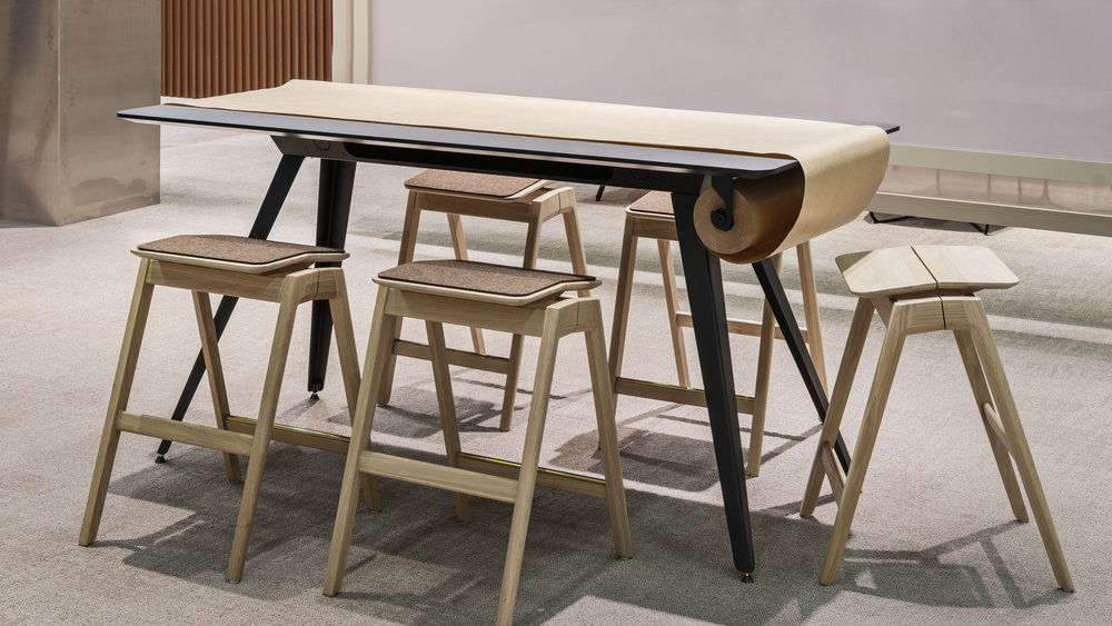 Knekk table and stool with seat pad in wool felt Fora Form