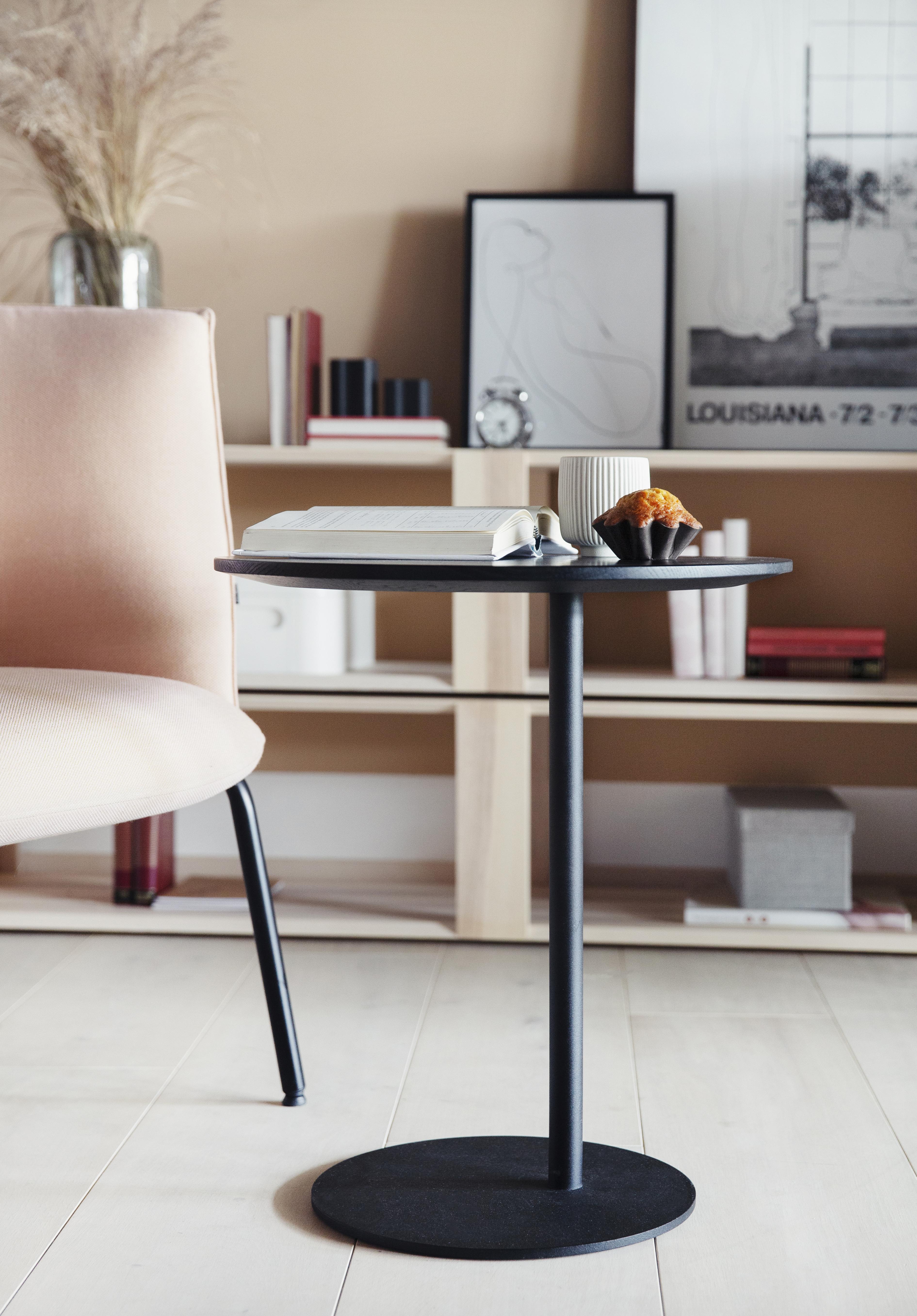 S bord praktisk småbord fra Fora Form