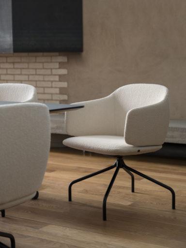 Et lunt og varmt møterom med Dwell stoler fra Fora Form