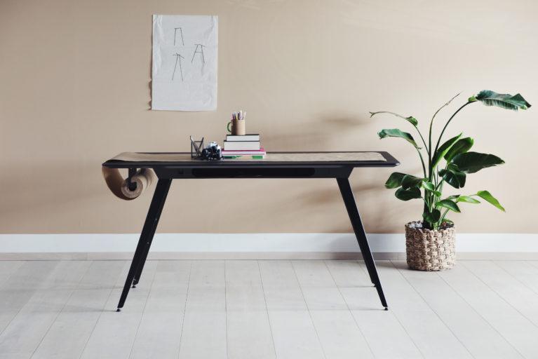 Knekk aktivitetsbord med papirrull Fora Form