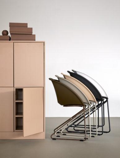 Popcorn stable stol fra Fora Form
