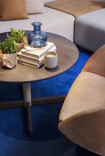 Myk bord og Planet stol Fora Form