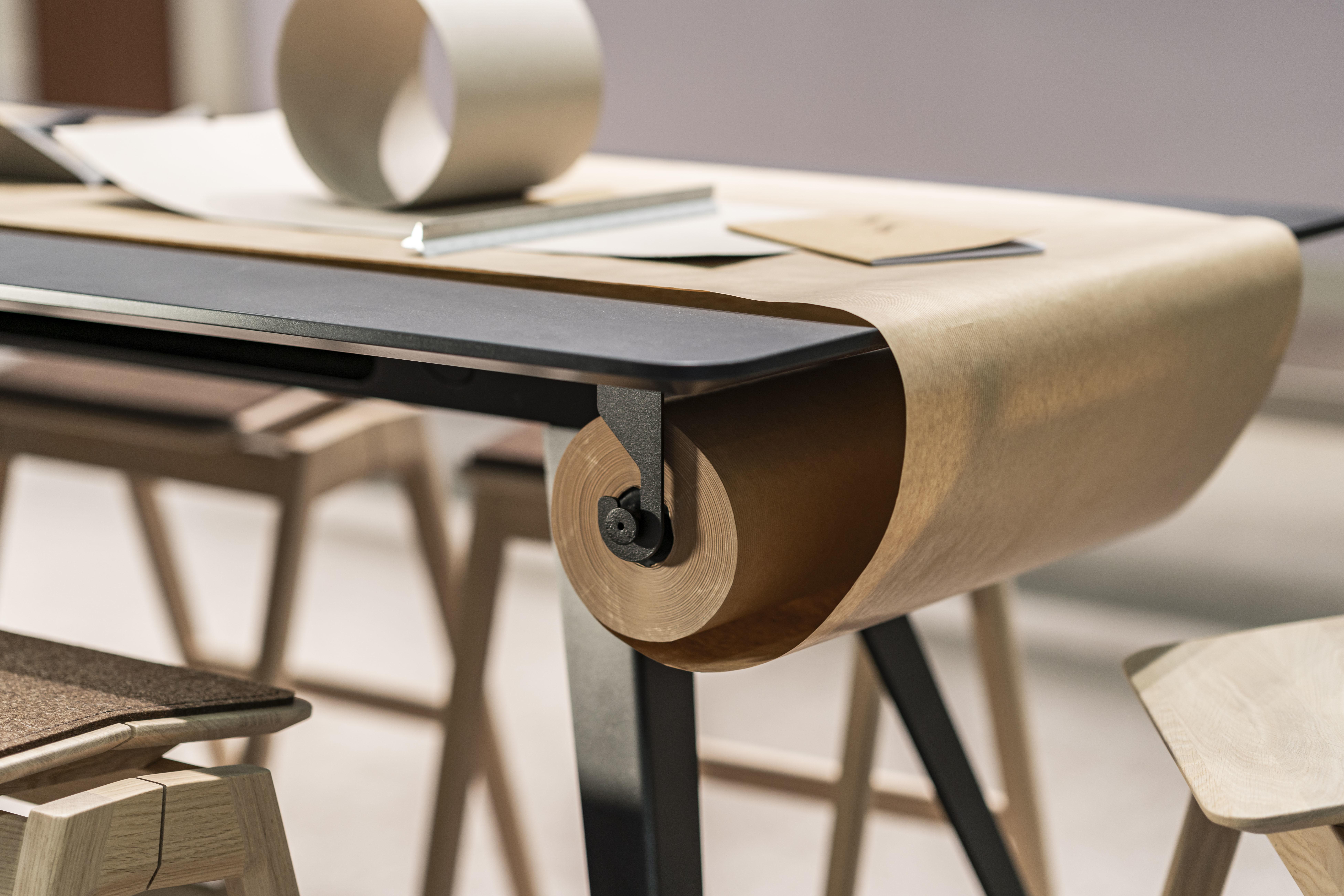 Knekk bord med papirrull og papirrullholder Fora Form