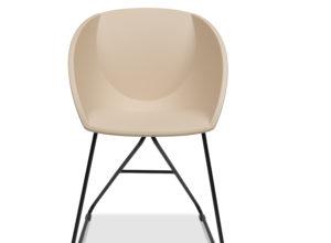 Popcorn stol i gyllen rosa gjenvunnet plast Fora Form