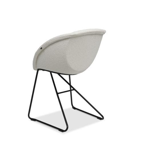 Popcorn stol med polstret inn og utside fra Fora Form